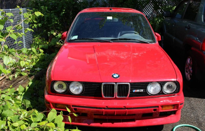 dirtyoldcars.com 1988 BMW E30 M3 Found in Lynn Massachusetts 10