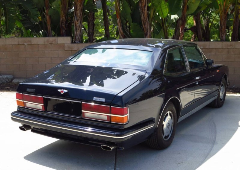dirtyoldcars.com  1990 Bentley Hooper Empress II Found in San Diego California   7