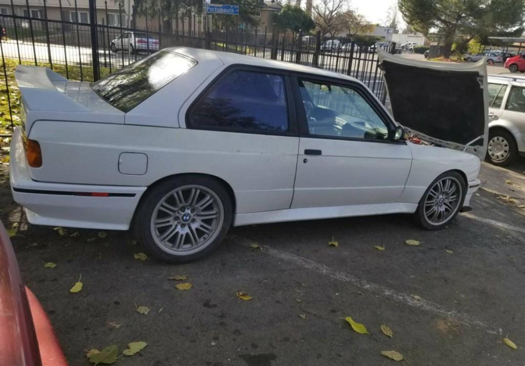 dirtyoldcars.com 1990 BMW E30 M3 2.5L salvage 6