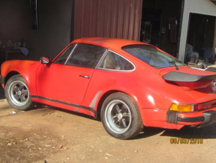 dirtyoldcars.com 1976 Porsche 930 Turbo Found in Oroville California 6