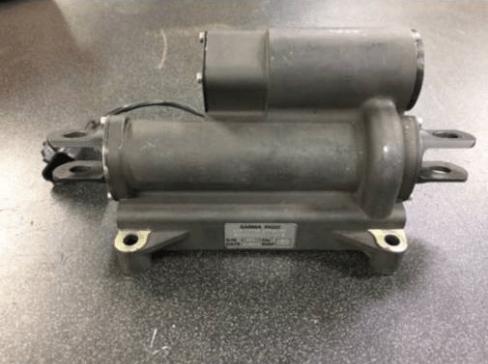 dirtyoldcars.com Ferrari Enzo Lift Motor Found in California 7