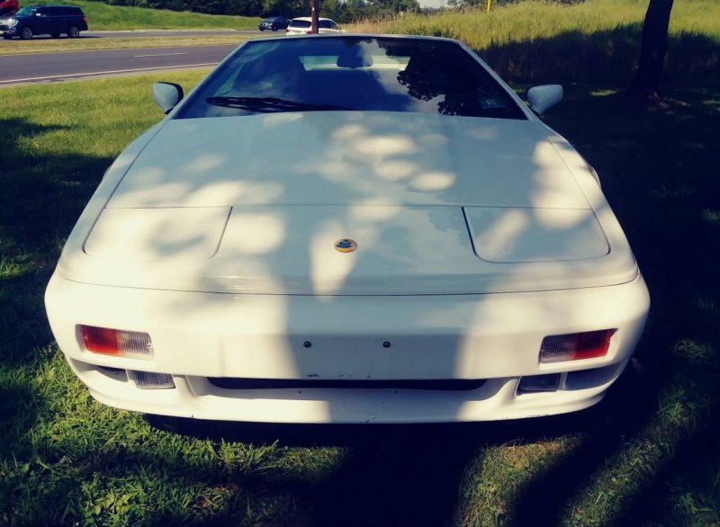 dirtyoldcars.com   1989 Lotus Esprit Turbo SE  White Found in New Jersey   9