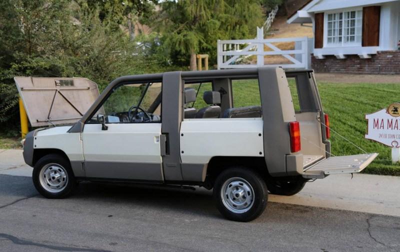 dirtyoldcars.com  1984 Renault Rodeo  Hidden Hills California  5
