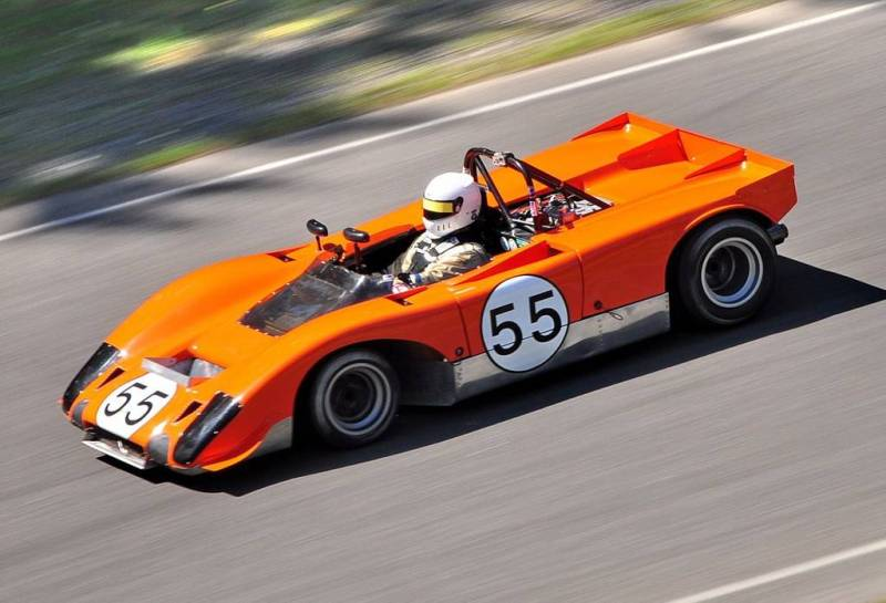 Lola T212 race car daytona race history  arizona    4