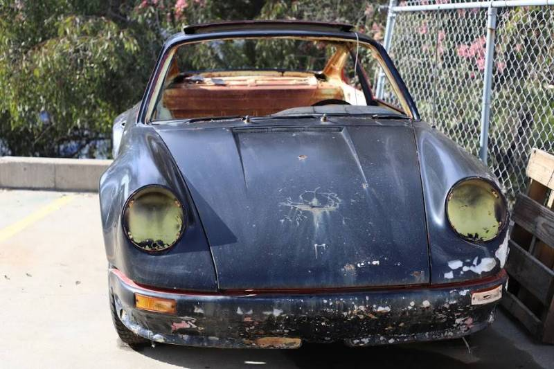 dirtyoldcars.com  1973 Porsche 911 T  RSR chassis California  3