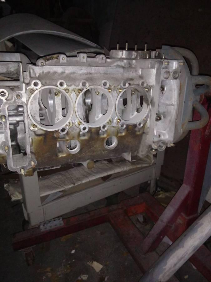 dirtyoldcars.com porsche 930 turbo engine case 5