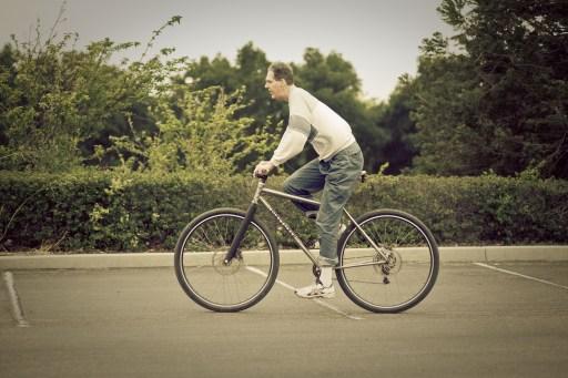 "7'2"" Dave Rasmussen riding the DirtySixer."