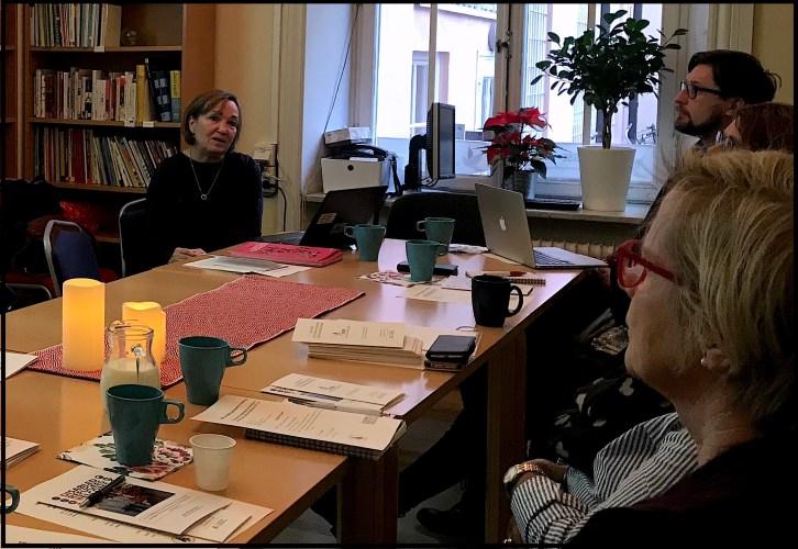 sammanträde med Pia Enhage som pratar om Stockholms Tillgänglighets programmet