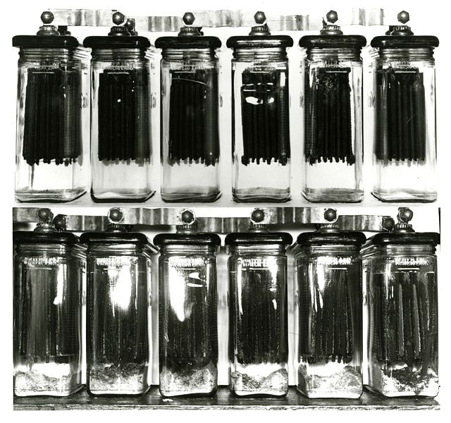 Planté's original lead-acid battery cell. Image: National Institute of Standards and Technology Digital Collections, Gaithersburg, MD 20899.