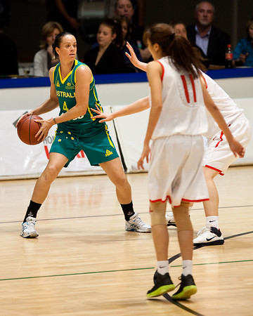 Kristen Veal - Opals v China International Women's Basketball, Logan Metro Sports Centre, Crestmead, Queensland, Australia; 24 July 2011. Photos by Des Thureson:  http://disci.smugmug.com.