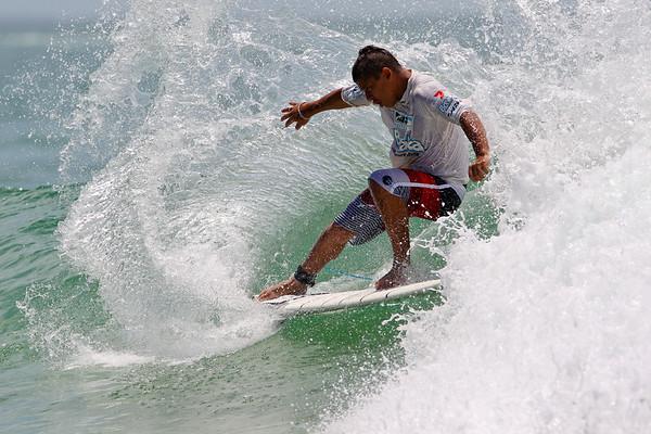 Peterson Crisanto - Breaka Burleigh Surf Pro - Surfing; Burleigh Heads, Gold Coast, Queensland, Australia. ASP 4 Star World Tour Event. Saturday 11 February 2012. Photos by Des Thureson: http://disci.smugmug.com
