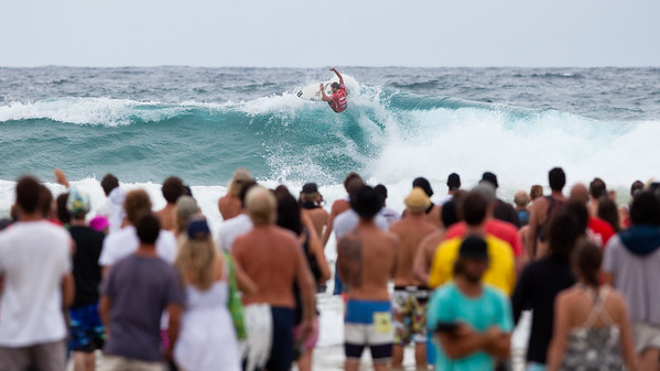 Taj Burrow during his winning semi final - 2011 Quiksilver Pro Surfing Semi Finals, Snapper Rocks Superbank, Coolangatta, Gold Coast. Wednesday 9 March 2011. Photos by Des Thureson.