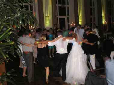 Hochzeit-Bonn-Tanzen-Kreis