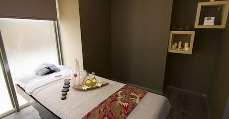 60-Minute Spa Treatment or Facial