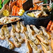 4* Weekend Seafood Night: Child (AED 59) or Adult (AED 89)