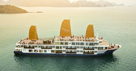 Vietnam: 5-Days Package with Cruise