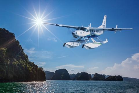 Halong-Bay-by-Seaplane--LAzalee-Cruise6314