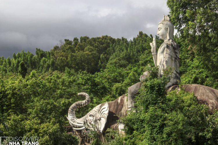 Scenery Khanh Hoa Tu Bong