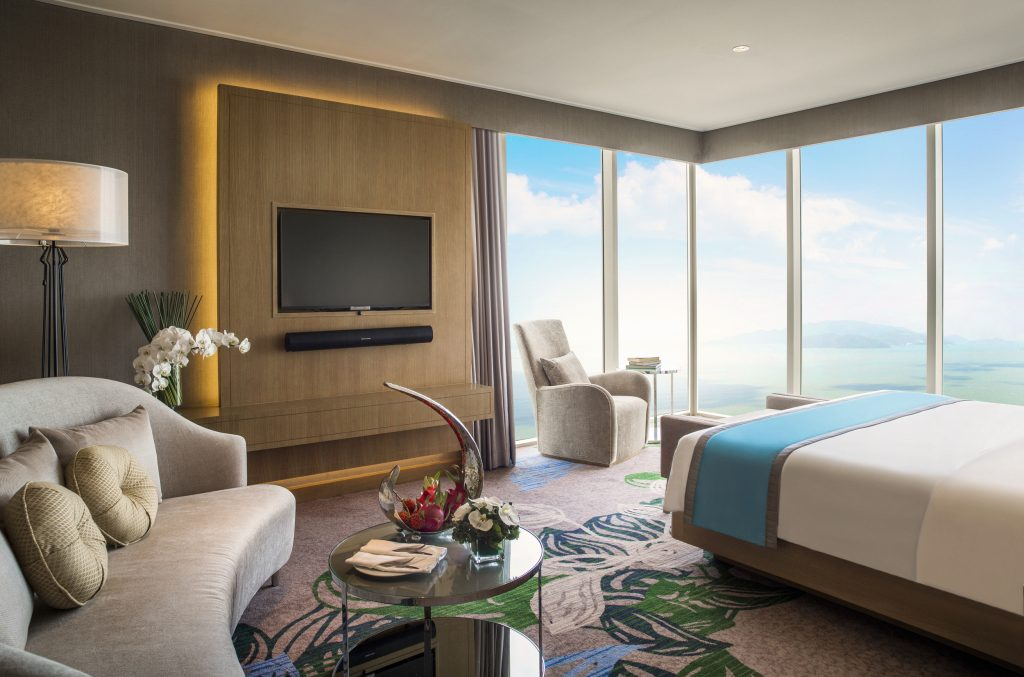1_Exec Suite Bed Room - Intercontinental NHa Trang
