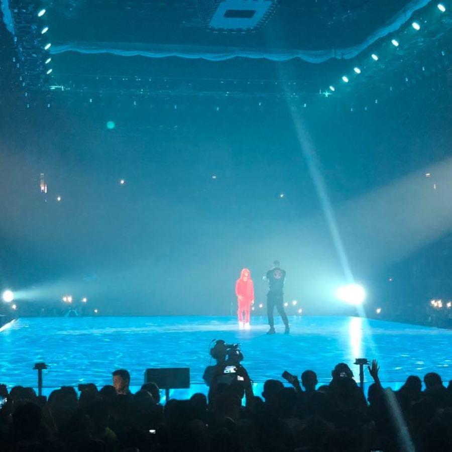 Wizkid and Drake performing