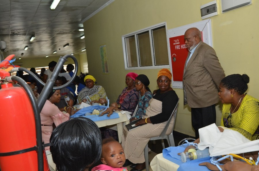 One of the volunteers from ANPA and Professor of Paediatrics in Michigan, United States of America, Ajovi Scott-Emuakpor, gives practical lessons to health officers on how to help babies breath at the golden minute