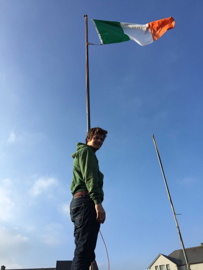 Ramon Scholl of Meerssen, Netherlands (one of Bundoran's twin Douzelage towns raises the tricolour on St Patrick's morning