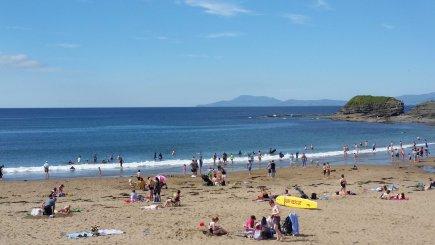Main Beach - pic Laura Mc Nulty