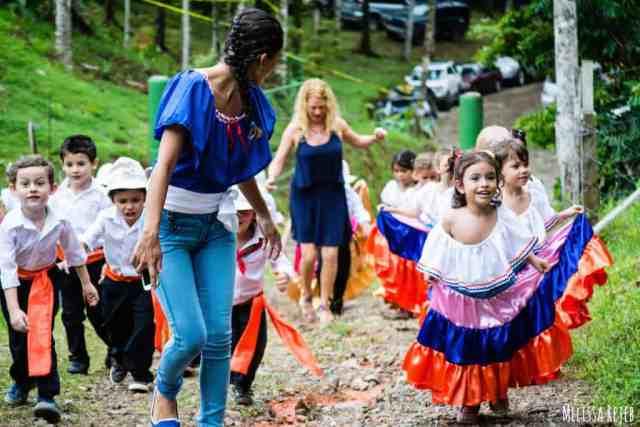 Forjando Alas Youth Group in Bahía Ballena, Costa Rica