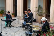 """Here's a 4 piece jazz band performing at the Casa de la Cuidad with a cover of Dave Brubecks """"Take Five"""""""