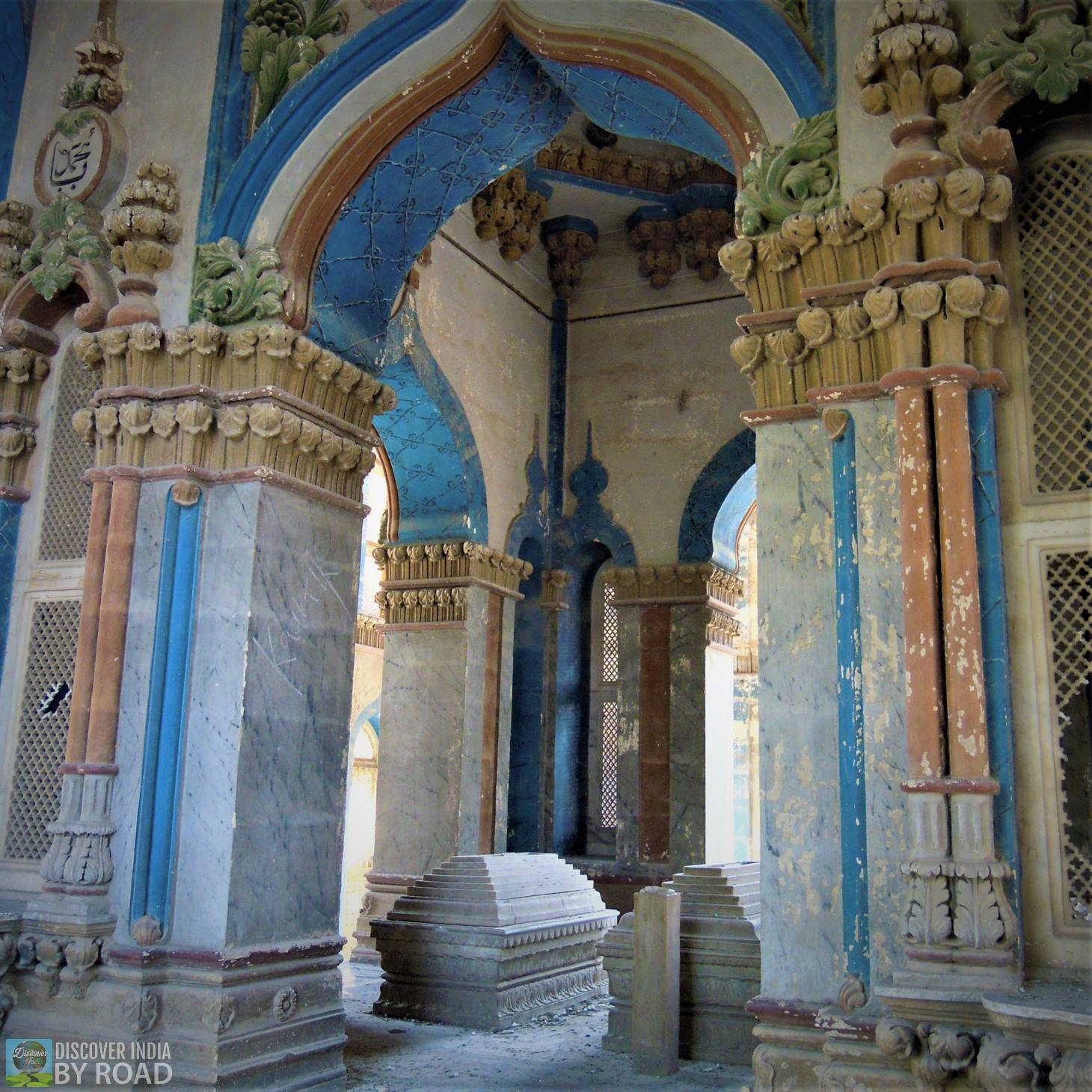 Grave Inside Mahabat khan's Tomb