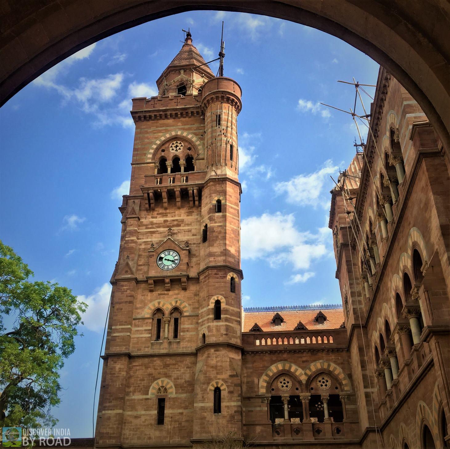 Bing Bang Clock Tower of Prag Mahal Palace