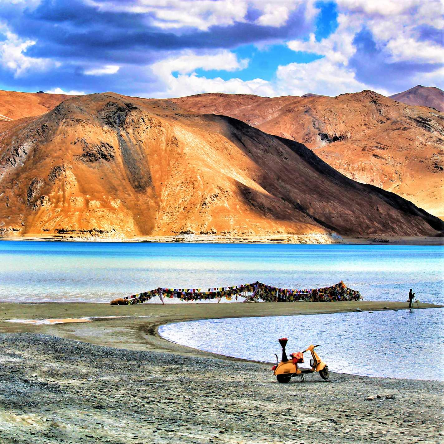 View point of Pangong Tso lake with 3 Idiot's Scooter
