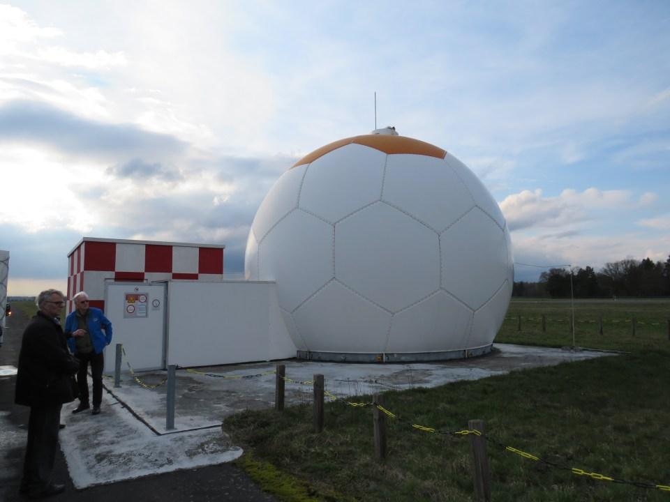 Radome of the new PAR (Precision Approach Radar) installation at Celle-Wietzenbruch (ETHC)