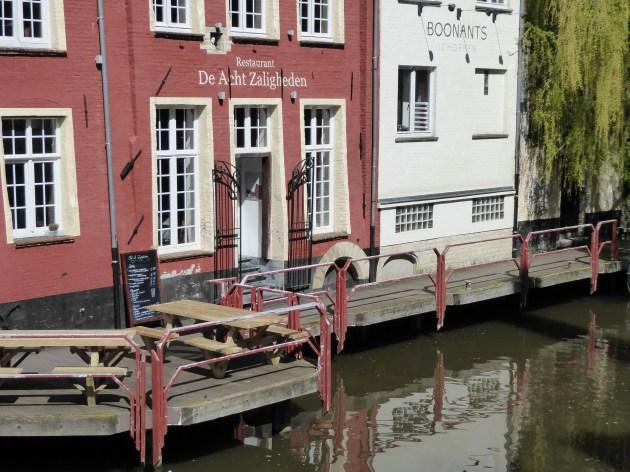 De Acht Zaligheden, Gent