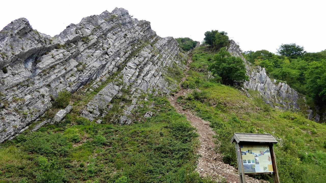 Rock formations near Nismes