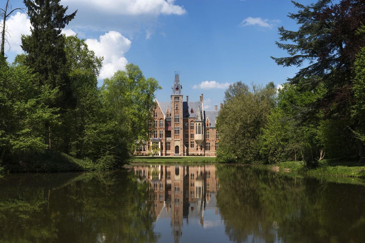 Loppem castle 1_1280x855
