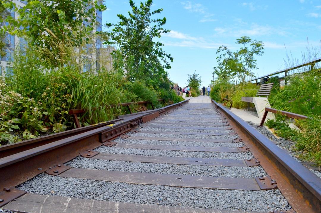 The High Line New York City - discoveringyourhappy.com