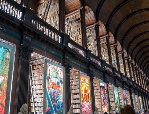 Trinity College - Dublin www.discoveringyourhappy.com