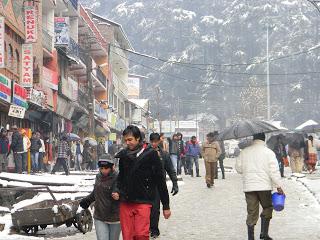 Manali Mall Road after snowfall