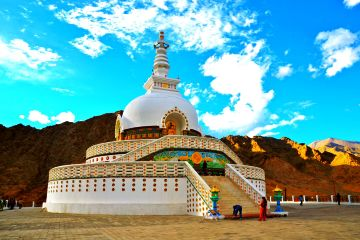 9 nights 10 days Ladakh package