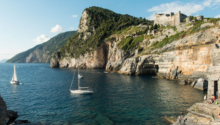 Meditate like Lord Byron: Arpaia Grotto, Portovenere