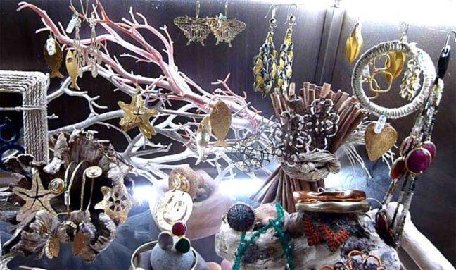 Marine-inspired jewels - Artisans in Portovenere