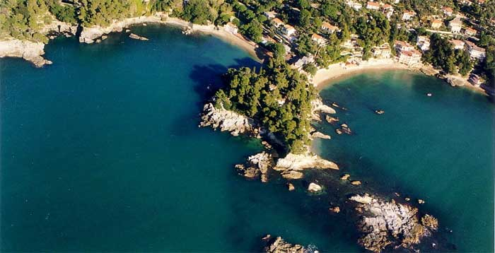 Fiascherino, amazing beaches near Lerici, Liguria