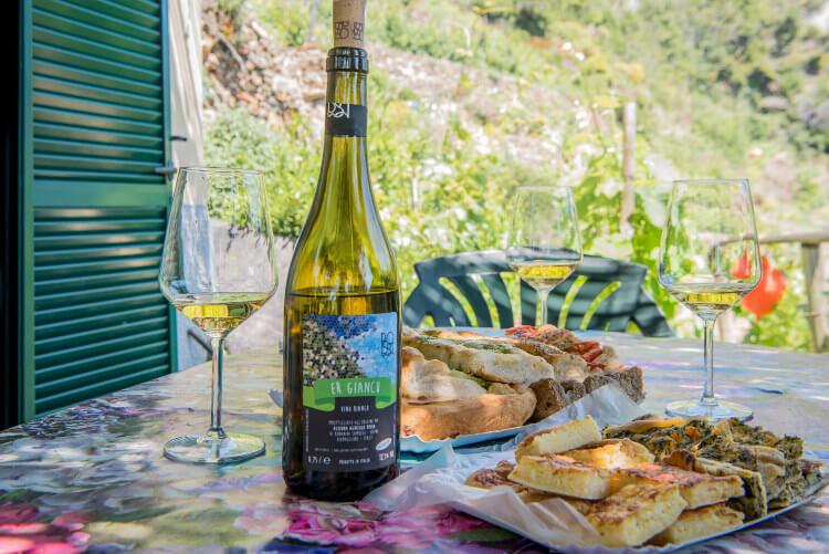 wine tour cinque terre tasting