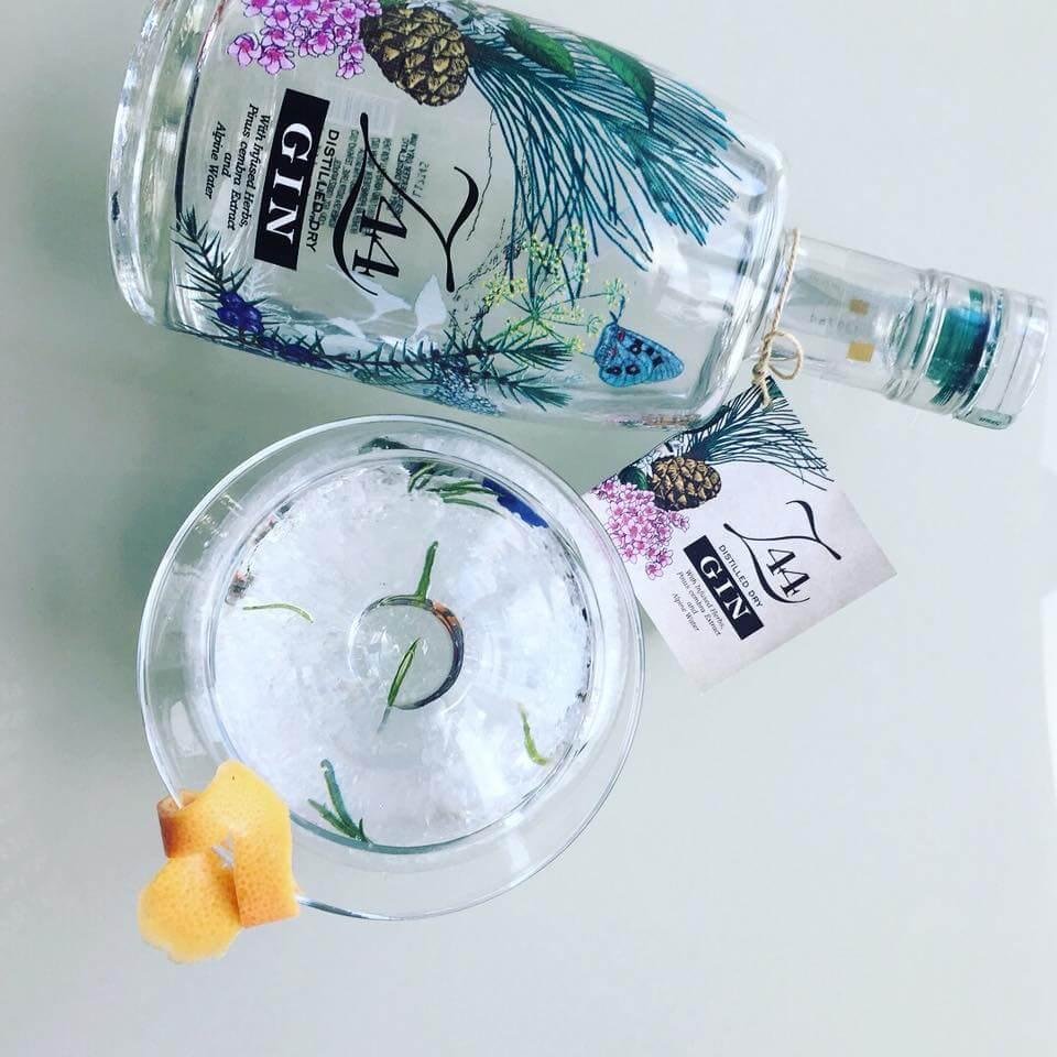 z44 dry gin portovenere