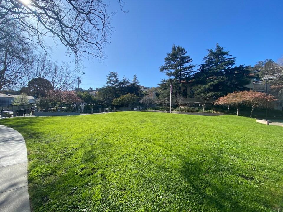 Sausalito Parks - Robin Sweeny Park