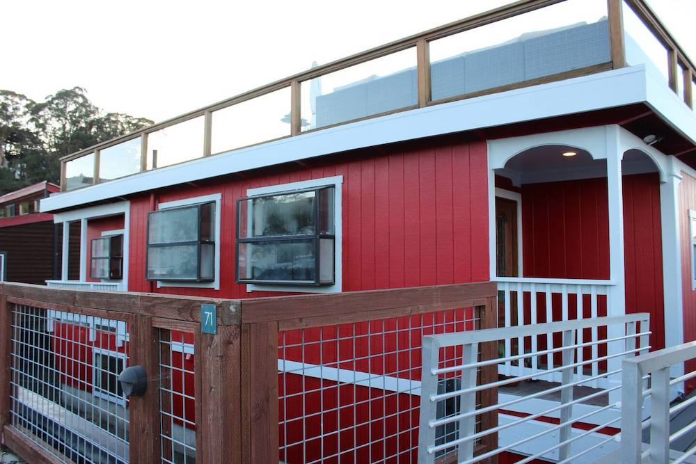 Sausalito Houseboats on Airbnb - Exterior