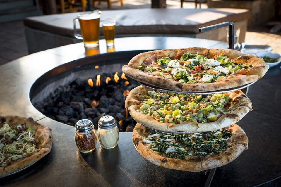 Best Pizza in Sausalito - Bar Bocce