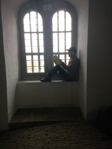 roundtower_windows