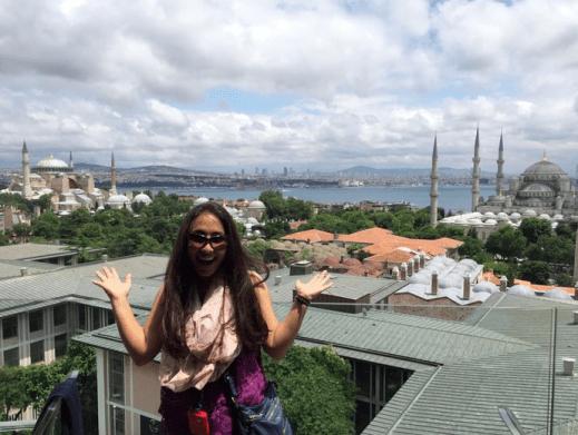 Simran-Khadka-istanbul